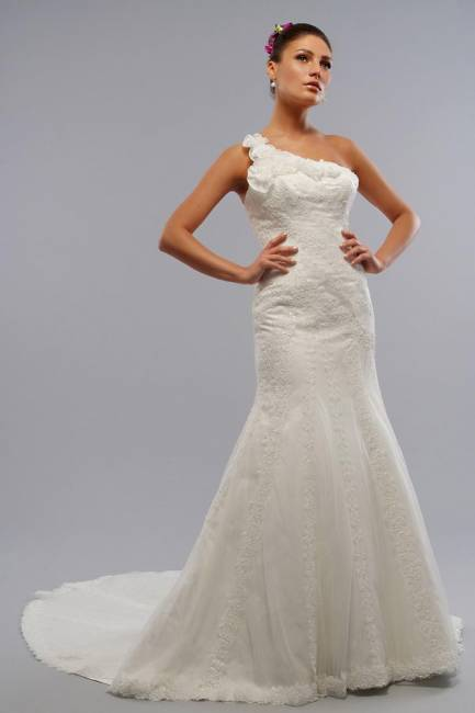 How to choose a wedding dress