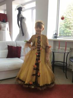 "children's Dress ""Queen of Autumn"""