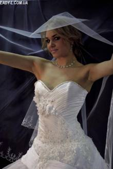 Rent of wedding dress