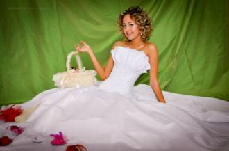 "Tailoring wedding gown in Lutsk or ""Dreams Come True"""
